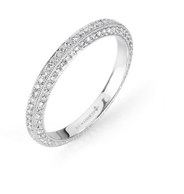 Beautique-3-Sided-Eternity-Band-1