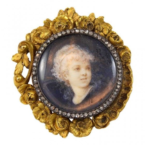 Boucheron-Portraint-Brooch-1