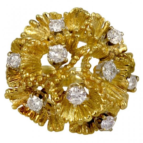Pencil-Shaving-Textured-Diamond-Gold-Ring-1