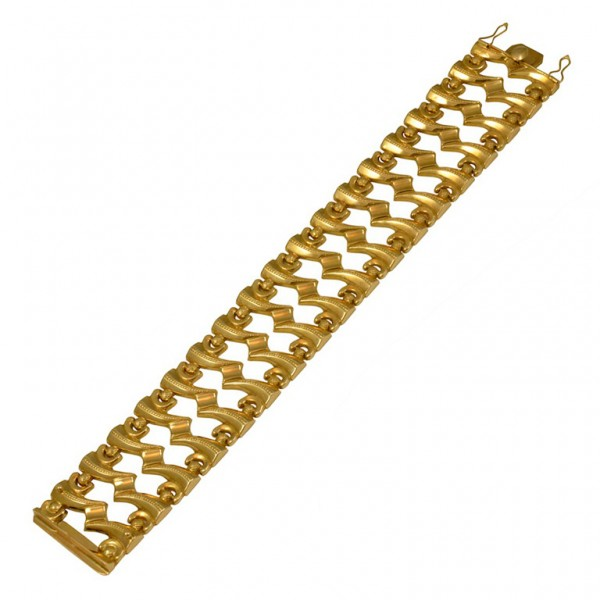 Retro-Design-Wide-Gold-Bracelet-1