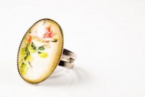 Antique-Jewelry-e1445606324734