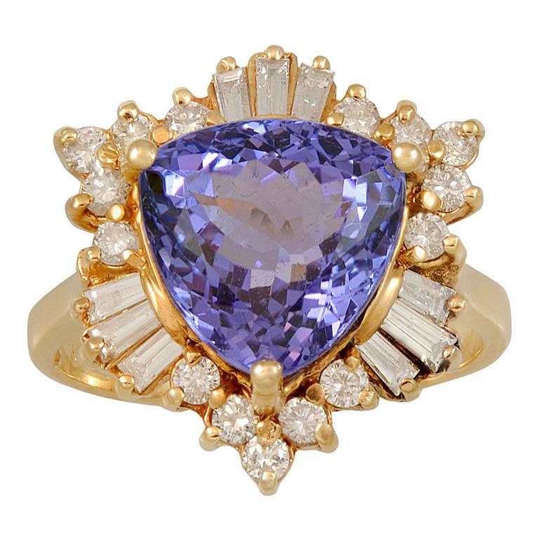 Tanzanite-Diamond-Gold-Ring-1